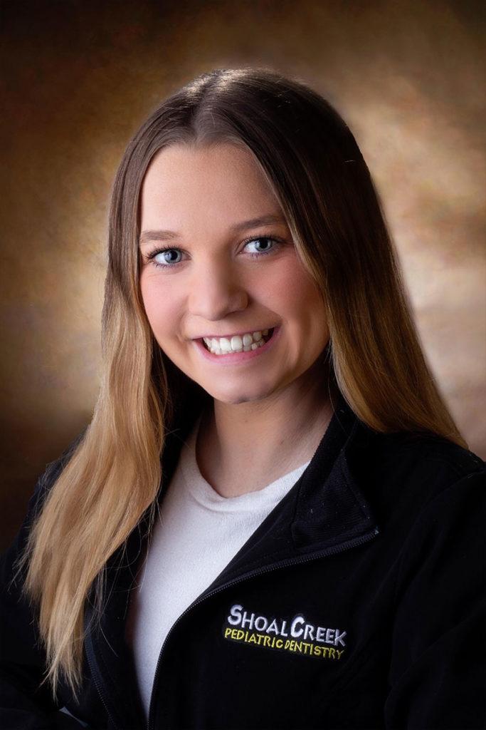 Lauren - Dental Assistant